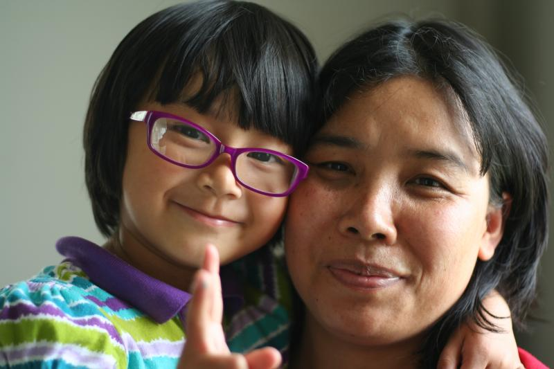 Nkhai Nang Bu Tang Bau moved to Harrisonburg with her husband in 2010. A refugee from Myanmar, she spent several years in Thailand and Malaysia before being resettled in the United States. Her daughter, Diza, was born after they arrived.