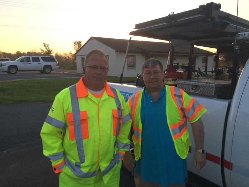 Dean Webster of the Safety Service Patrol (l), and WMRA's Scott Lowe.