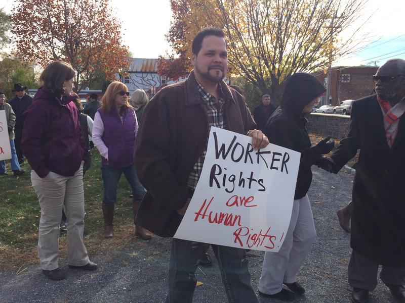 Community supporters at the poultry worker rally in Harrisonburg on November 22, 2016.