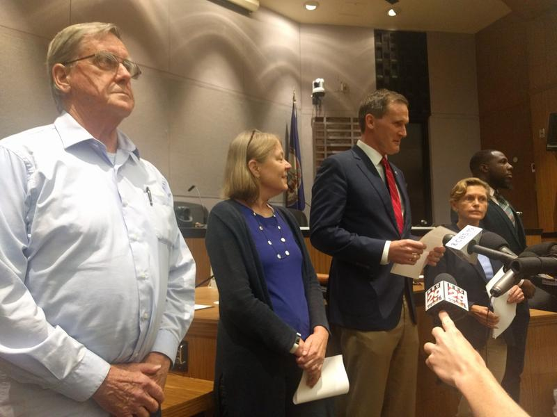 After a 3-hour long meeting, the other members of City Council stood by him while he issued his apology, to show unity.