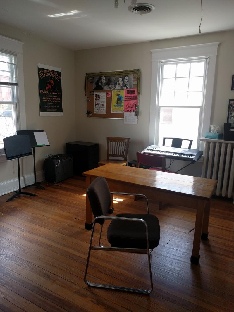 The music room has an electric piano where students can play during their free time.