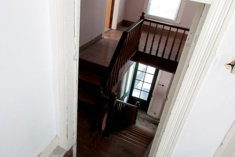 The staircase inside the Dallard-Newman House.