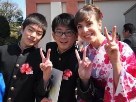 Ellen Knuth with some of her Japanese students