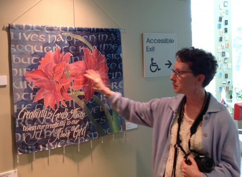 Kim Dixon talks about her silk amaryllis painting