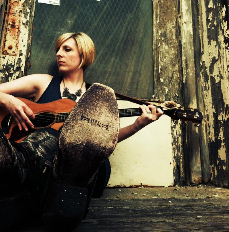 Singer/songwriter Carrie McFerrin