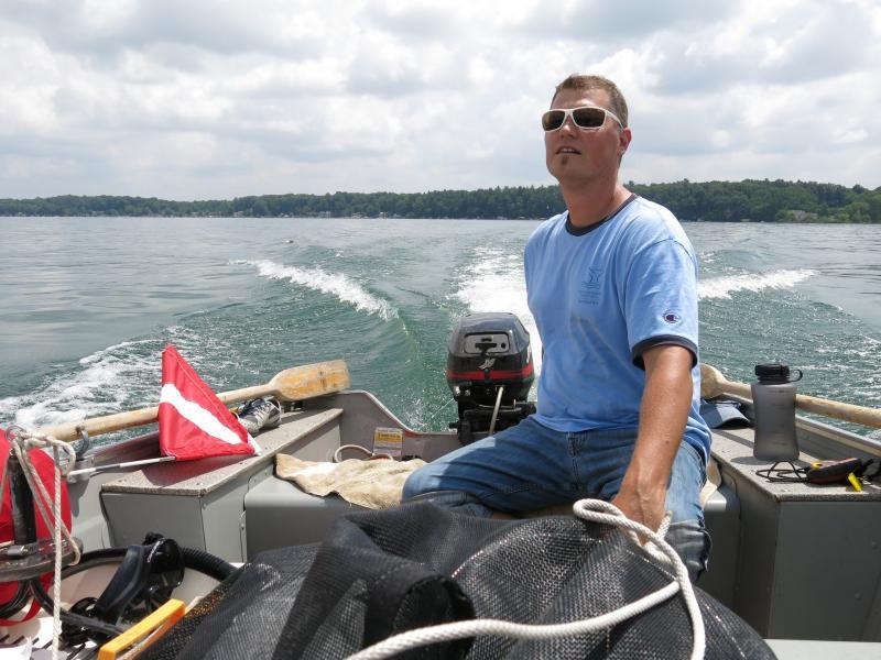DEQ aquatic biologist Kevin Walters