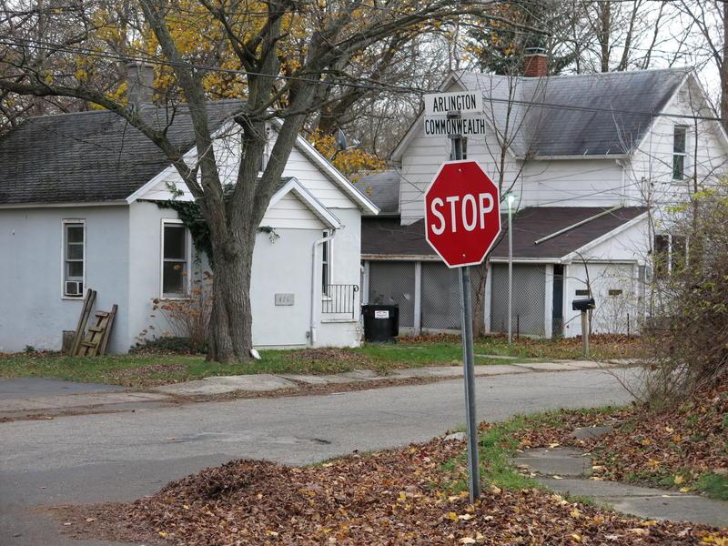 Looking toward Commonwealth Avenue from Arlington Street in Kalamazoo Township