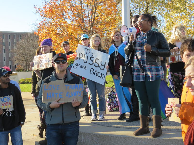 Protesters at WMU's flagpoles