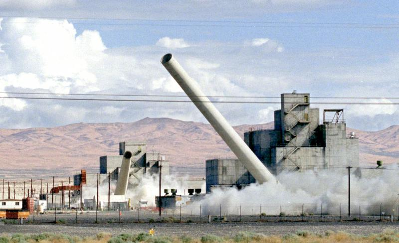 A photo from the 1999 demolition of the Hanford Nuclear Reservation near Richland, Washington. It was part of the decommissioning of the former nuclear power plant.