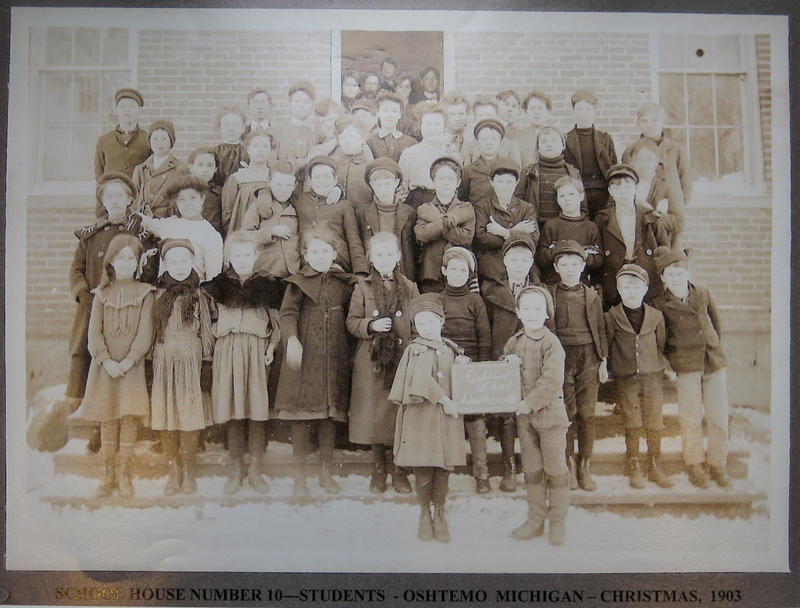 An earlier class photo from the No. 10 School
