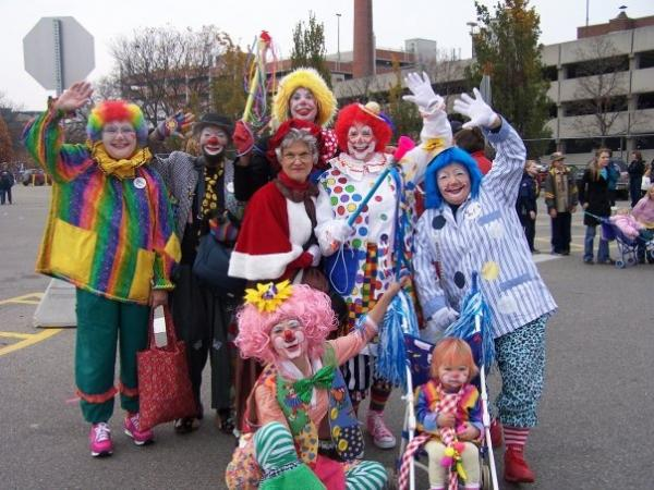 The clowns of Clown Alley 44