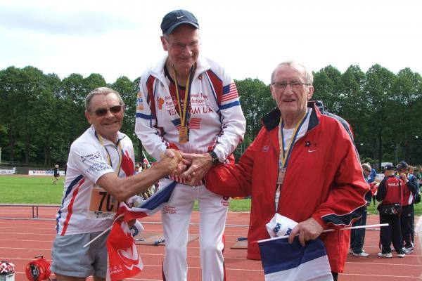 David Rozelle (center) at the World Transplant Games in Sweden in 2011