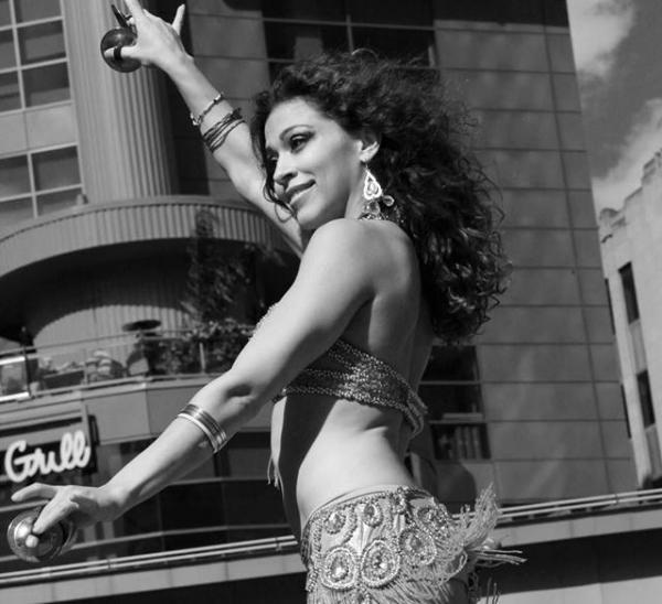 Ann Arbor belly dancer Kendra Ray