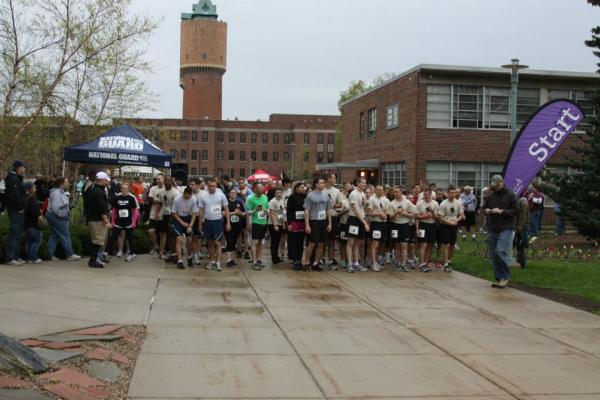 The starting line of the 2013 WMU Wounded Warrior Run