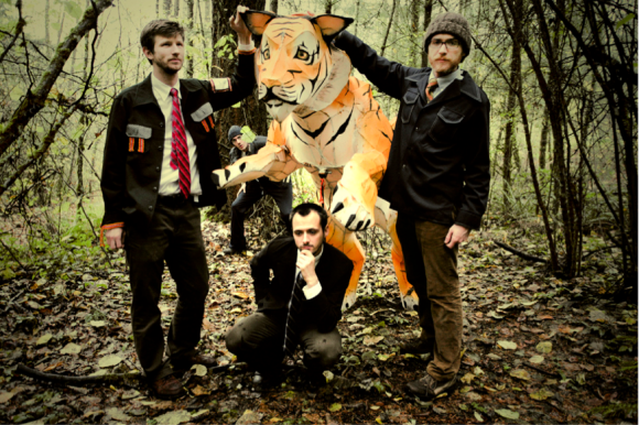 3 dudes and a tiger