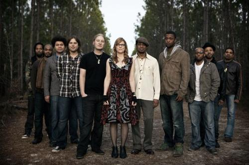 Tedeschi trucks band photo