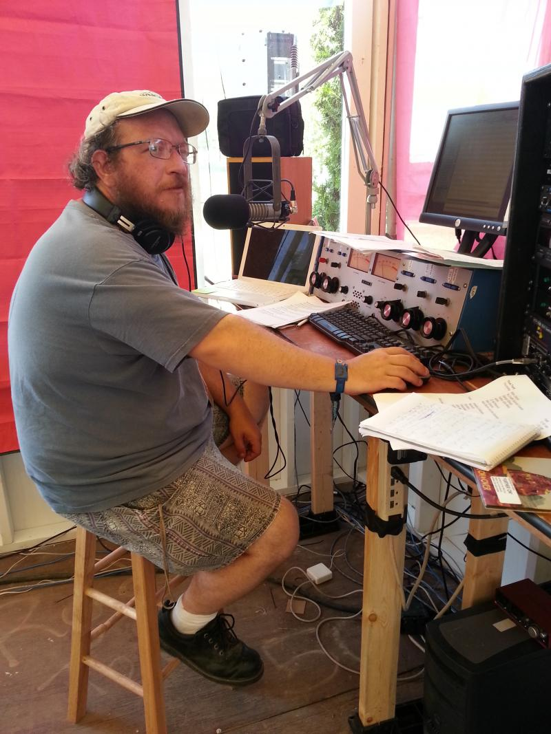 Rob Daves on air at Radio Bonnaroo