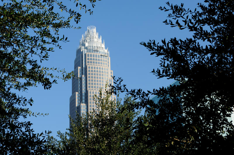 Image of tall skyscraper in downtown Charlotte, NC