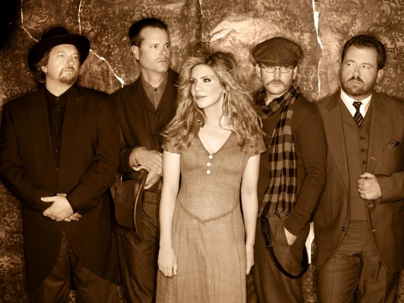 Image of Alison Krauss with her band Union Station