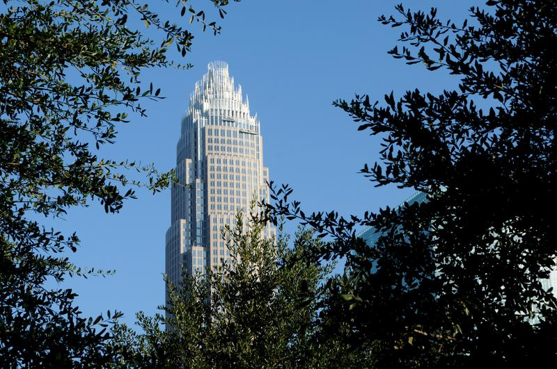 Image of white skyscraper in Charlotte, NC