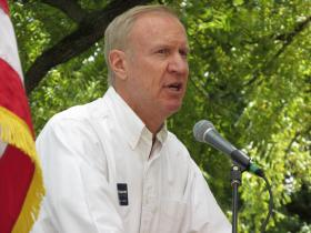 Businessman Bruce Rauner tried to brand himself as political outsider in a speech to Republicans at the Illinois State Fair on Thursday, as he vies against Treasurer Dan Rutherford, Sen. Bill Brady (R-Bloomington) and Sen. Kirk Dillard (R-Hinsdale) for the GOP nomination for governor. (Amanda Vinicky/Illinois Public Radio)
