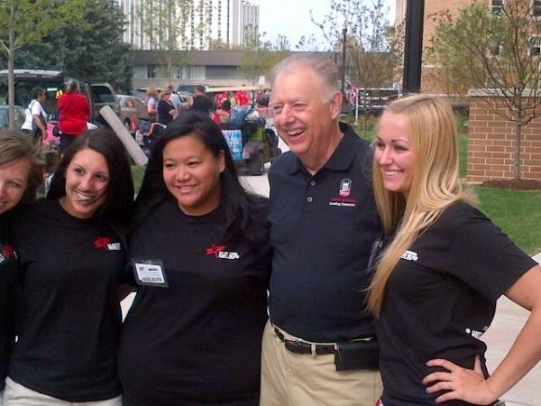 NIU President John Peters welcomed students during Move-In Day.