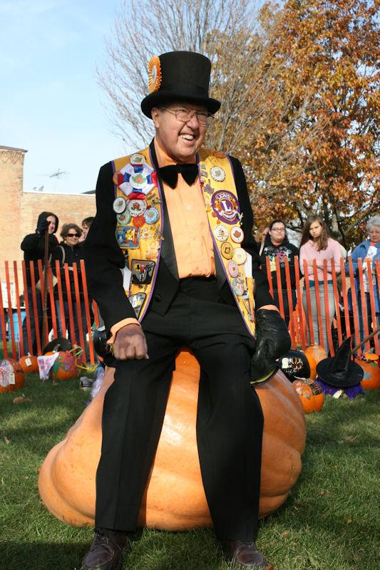 Wally Thurow aka Mr. Pumpkin