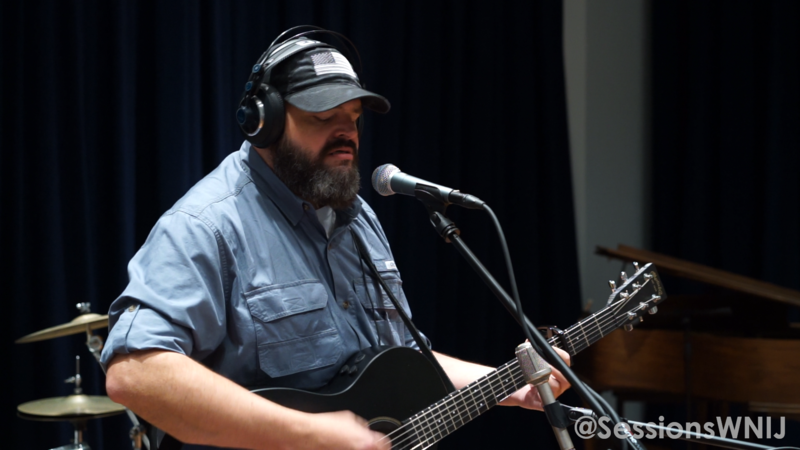 Jerry Dale Harris performs in WNIJ's Studio A.