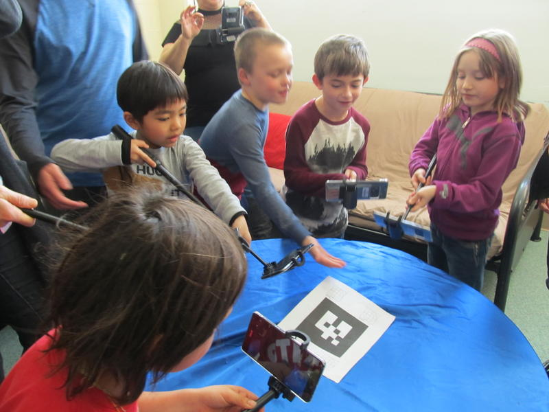 Students at Rockford Spectrum School test out Google's Expeditions Pioneer Program