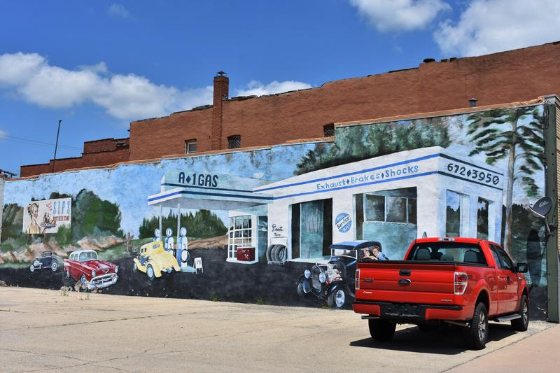 Streator's buildings already had a few murals before the Walldogs came to town, like this one. The Streator Walldogs added more than a dozen new murals to the city.