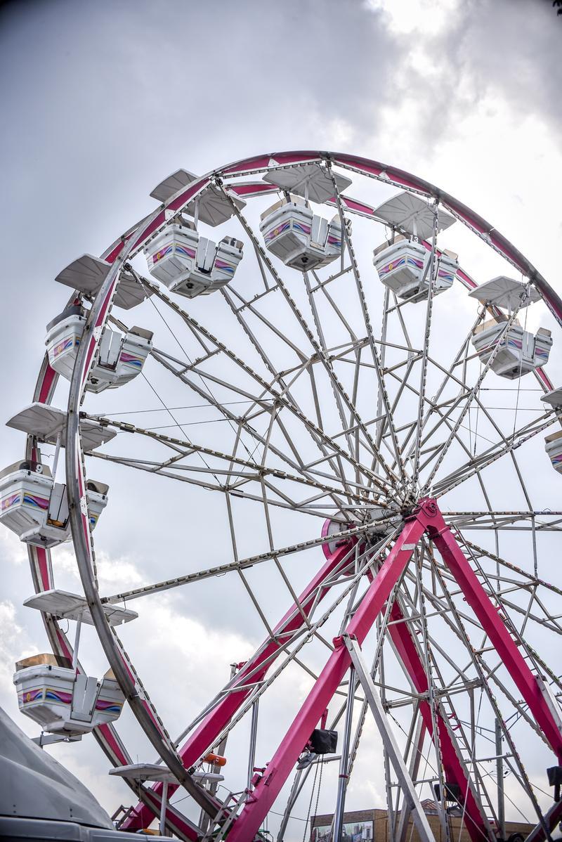 People rocked the carts on the Ferris wheel in downtown DeKalb