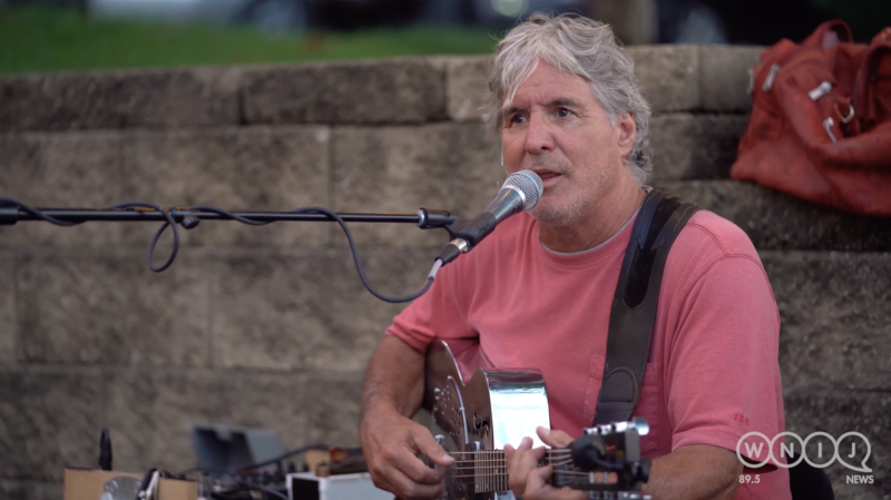 Kraig Kenning performs Dockside Live at the Prairie Street Brewing Co.