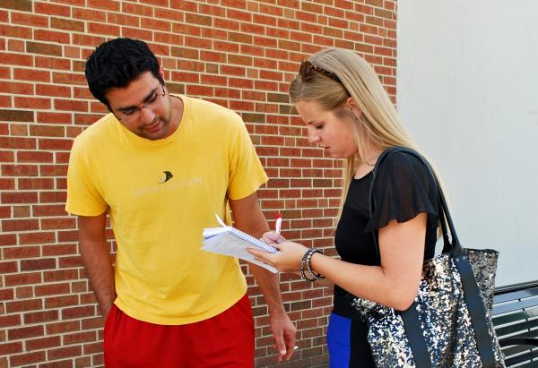 Graduate Student Mahmoud Shehadeh talks with WNIJ intern Emilee Fannon about his summer academic experience.