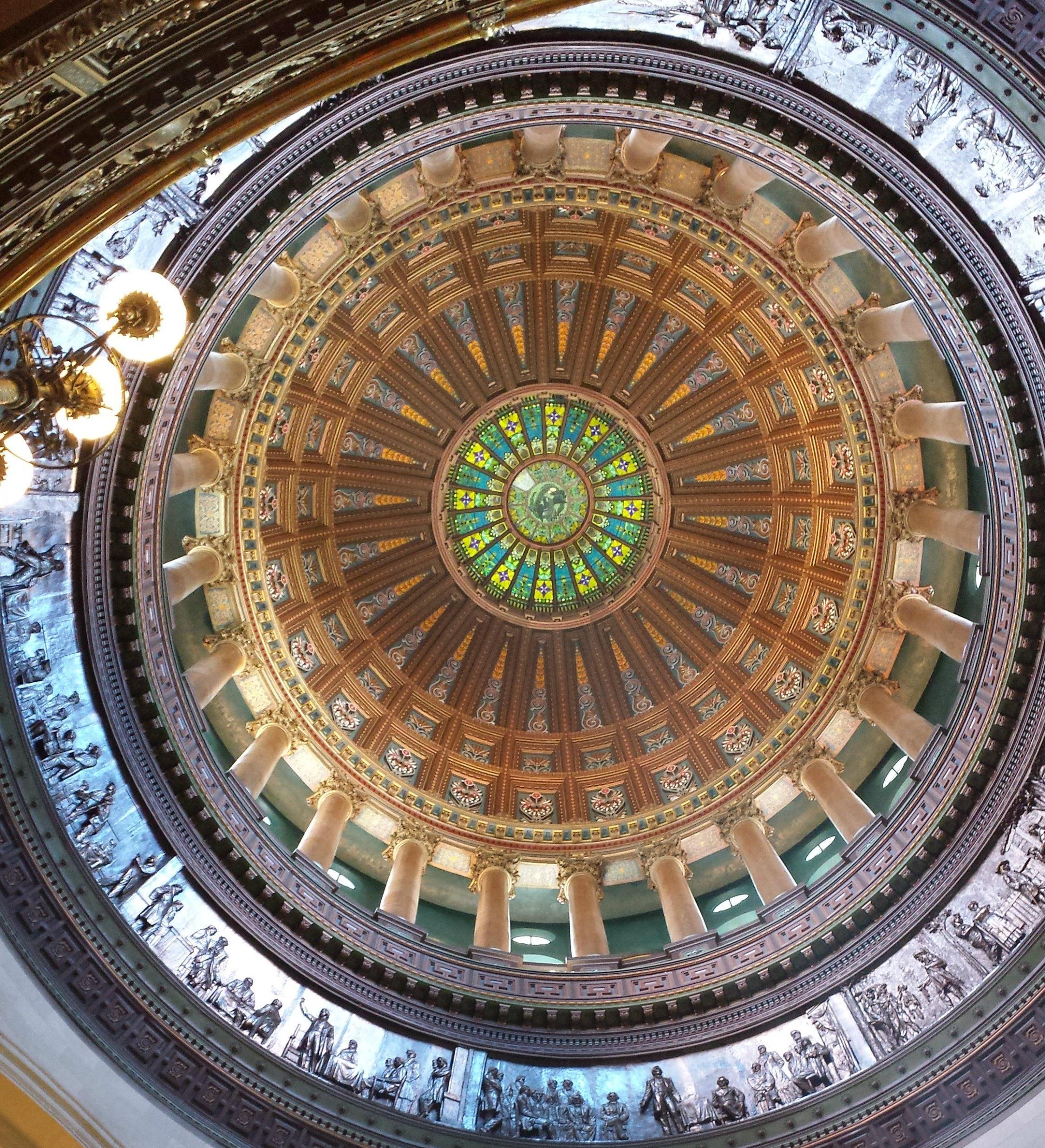 Illinois Senate overrides governor's automatic-voter veto