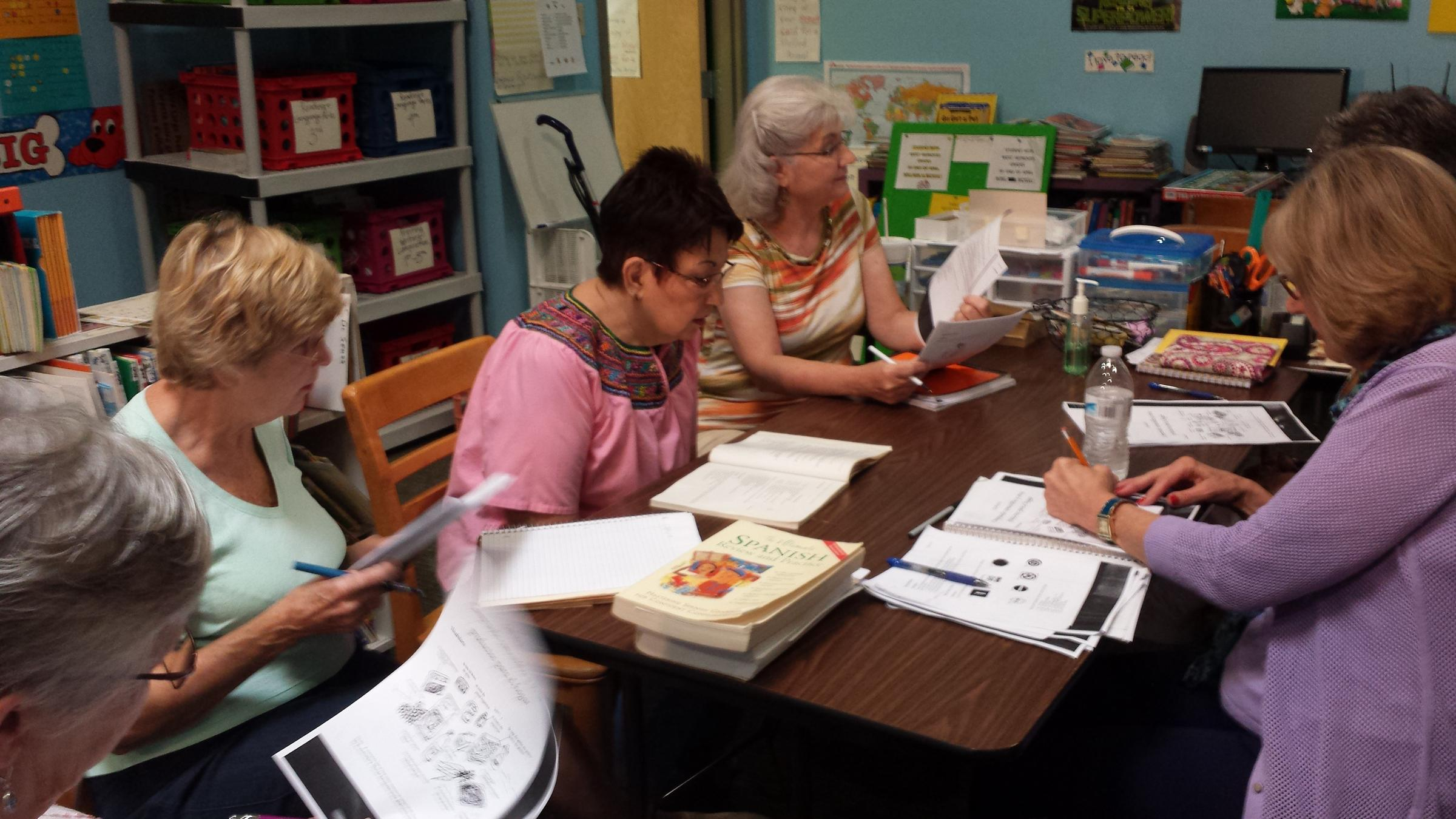 evansville women spend 'golden years' learning, practicing spanish