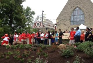 Ribbon cutting of the 2013 Reds and P&G Community Makeover