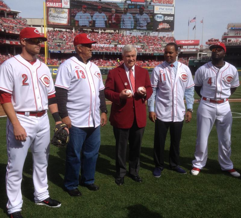 ss Zack Cozart, Reds Hall of Famer Davey Concepcion, CEO Bob Castellini,Hall of Famer Barry Larkin, 2ndb Brandon phillips before ceremonial first pitch