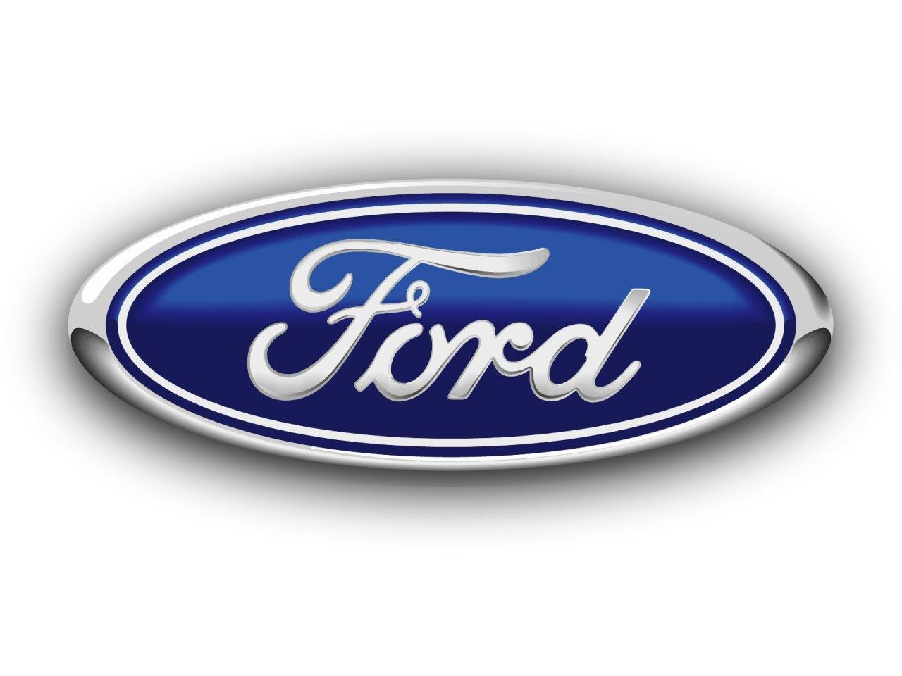 Ford 1Q earnings up slightly, company promises more savings