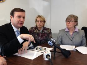 Sen. Chris Murphy, Lori Pelletier of the AFL-CIO and State Rep. Susan Johnson launch the report.