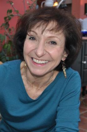 Elena Del Vecchio Rusnak.