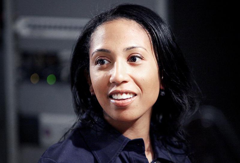 Professor Leah Wright