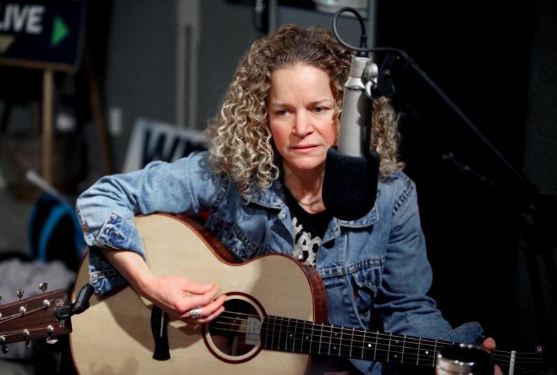 Lara Herscovitch - the 13th Connecticut State Troubadour.