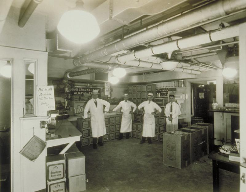 Interior of Honiss Oyster House. Photograph by William G. Dudley, 1926.  The photographs that once hung on the walls of Honiss's are today in the collections of the Connecticut Historical Society.