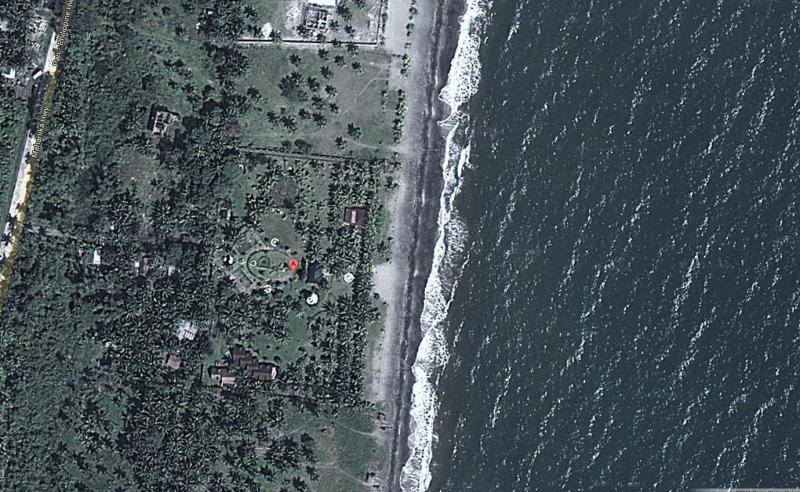 The Shanahan home was just feet from the beach.