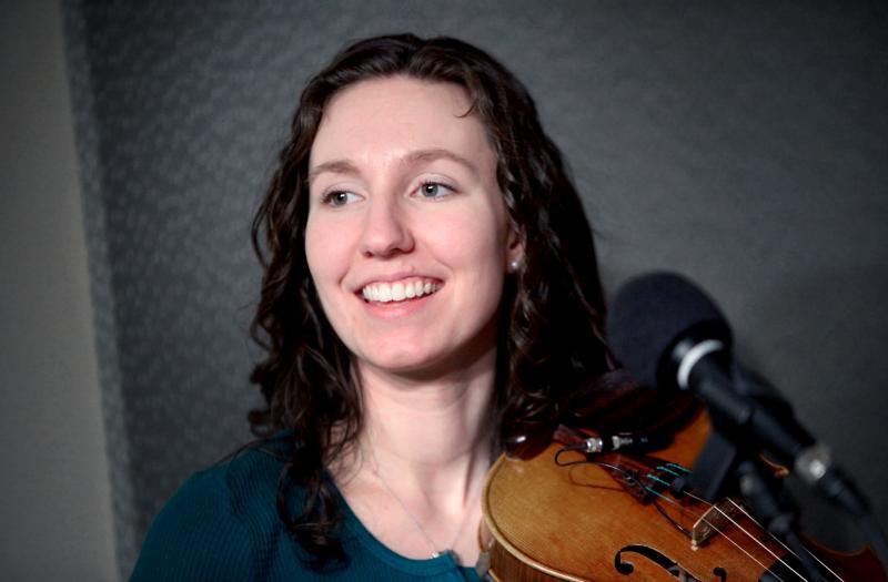 Violinist Vicki Wepler