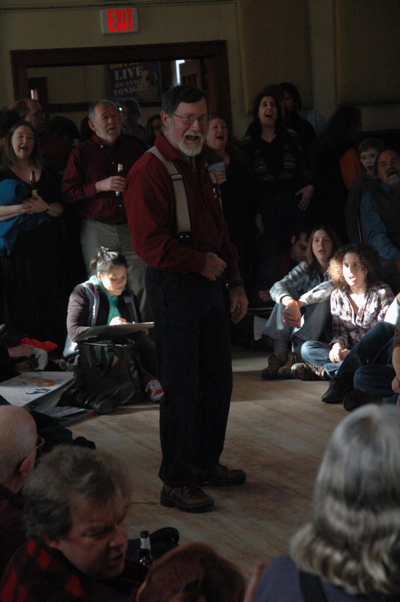 Chanty singer Geoff Kaufman singing at the 2010 Sea Chanty Blast and Pub Sing