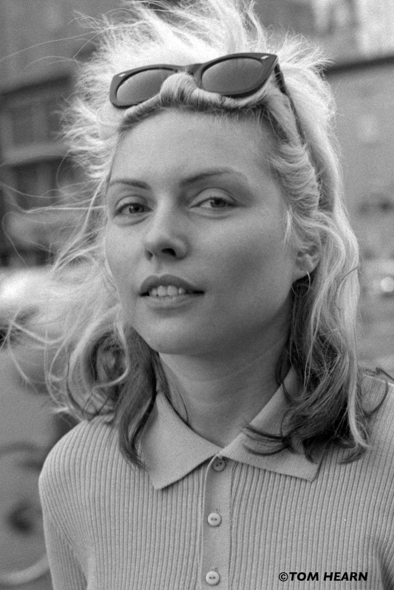 "Tom Hearn captured this candid shot of Debbie Harry after a photo shoot for ""Punk"" magazine in 1977."