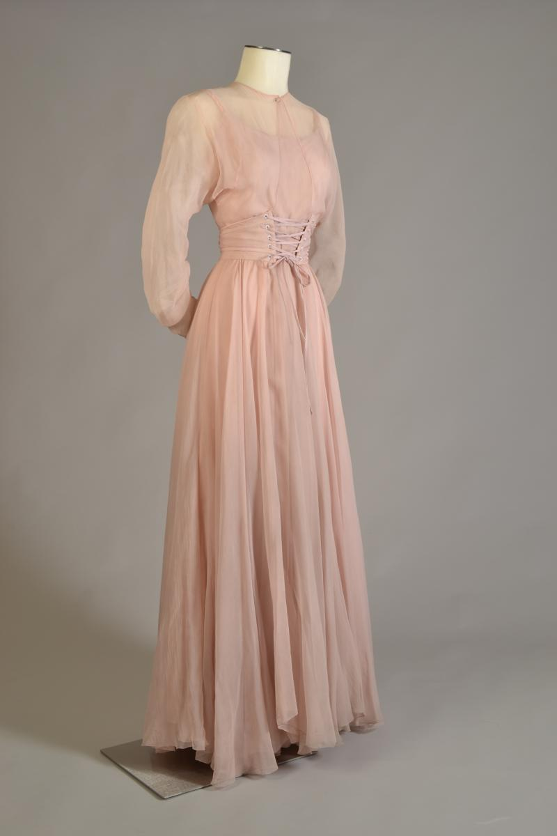 Costume worn by Katharine Hepburn in the stage production of The Philadelphia Story, designed by Valentina, 1939, worn again in the made-for-television movie The Glass Menagerie,1973.