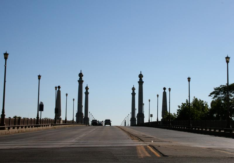 Memorial Bridge in Springfield provides local access to I-91.