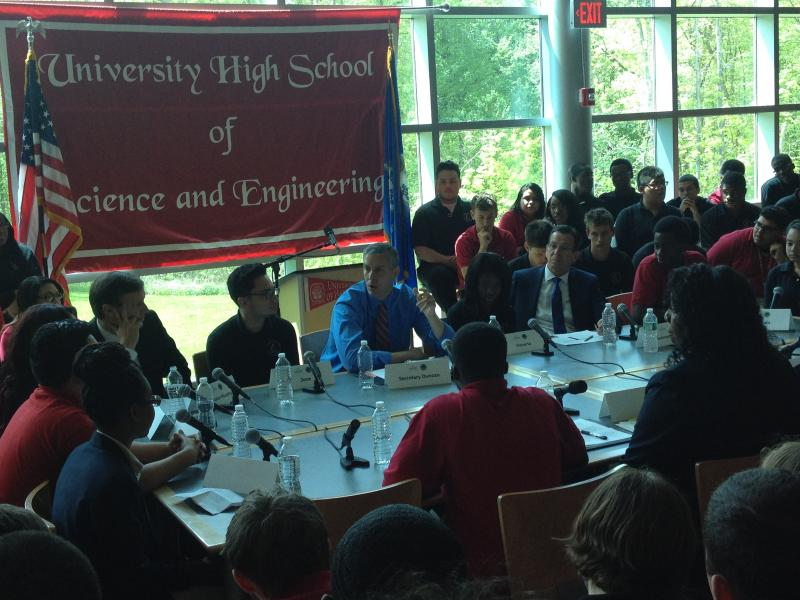 U.S. Education Secretary Arne Duncan and Gov. Dannel Malloy speak with students at University High School of Science and Engineering.